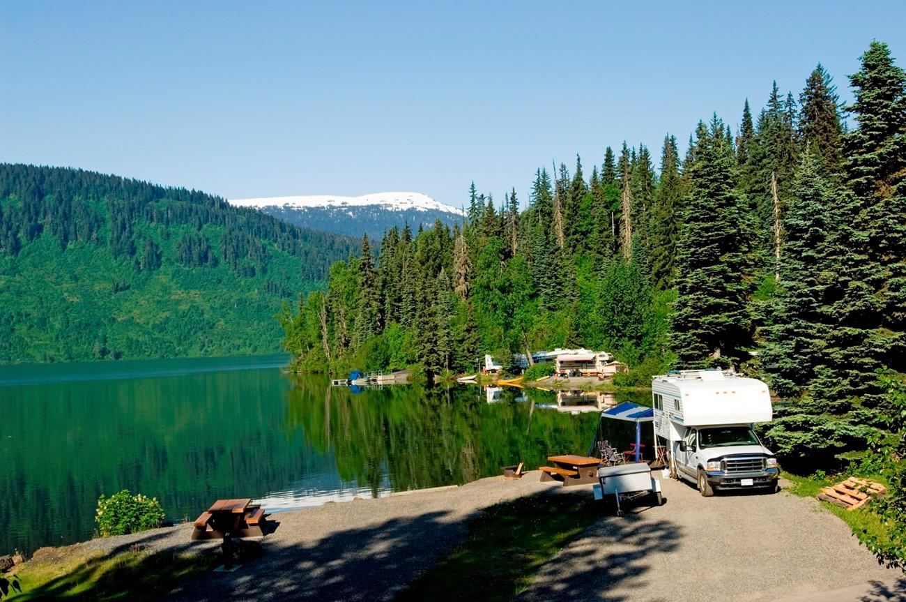 Alaskan Highway, Canada